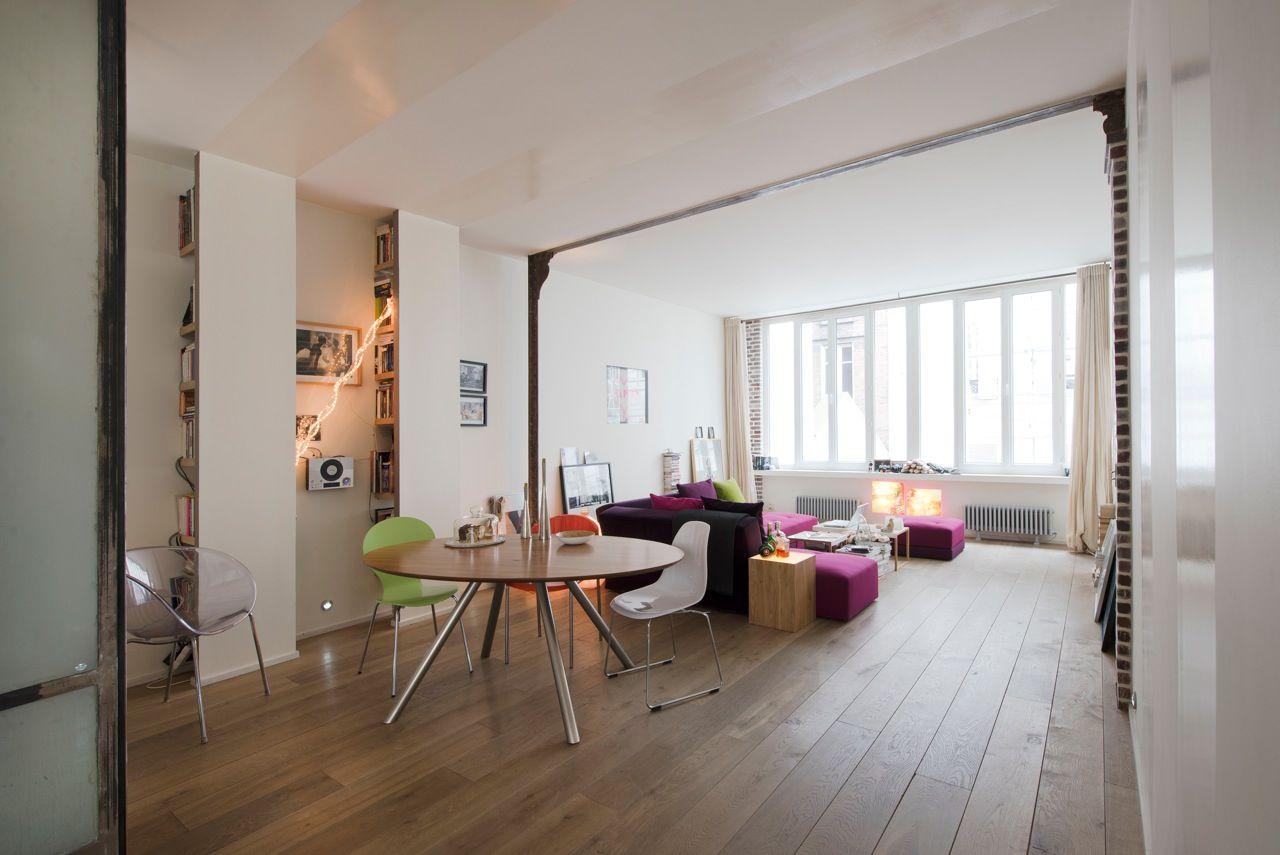 dans le loft moderne d 39 orly image num ro 45907. Black Bedroom Furniture Sets. Home Design Ideas